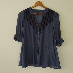 Free People blue button down shirt EUC XS